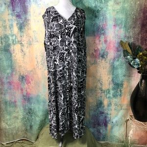 ❄️J.B.S. Black/white buttoned Maxi Dress Size 34W